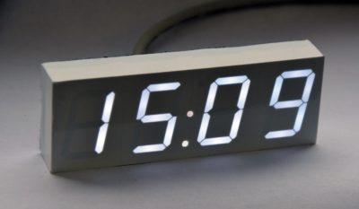 Внешний вид белого варианта часов