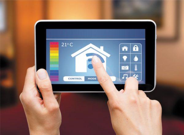 Управление «умным домом» с планшета посредством беспроводной сети