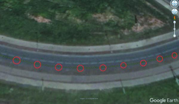 Сверху проходит траектория PPP-RTK на обратном пути автомобиля и в данном тесте не рассматривается
