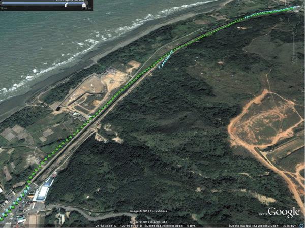 Траектории местоопределений при работе по GPS и GPS/ГЛОНАСС в тоннеле (GPS — синяя линия; GPS+ГЛОНАСС — зеленая)