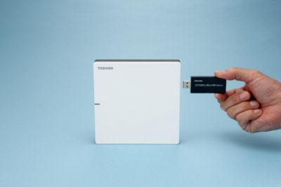 USB-адаптер Toshiba 920 МГц для домашнего шлюза сетей Wi-SUN