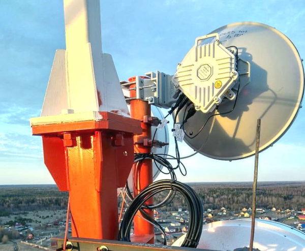 Радиомост ДОК PPC-10G-E на телекоммуникационной вышке МТС